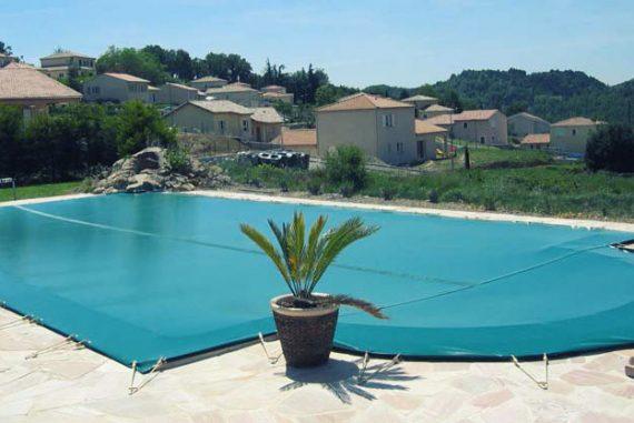 piscine-bache-hiver